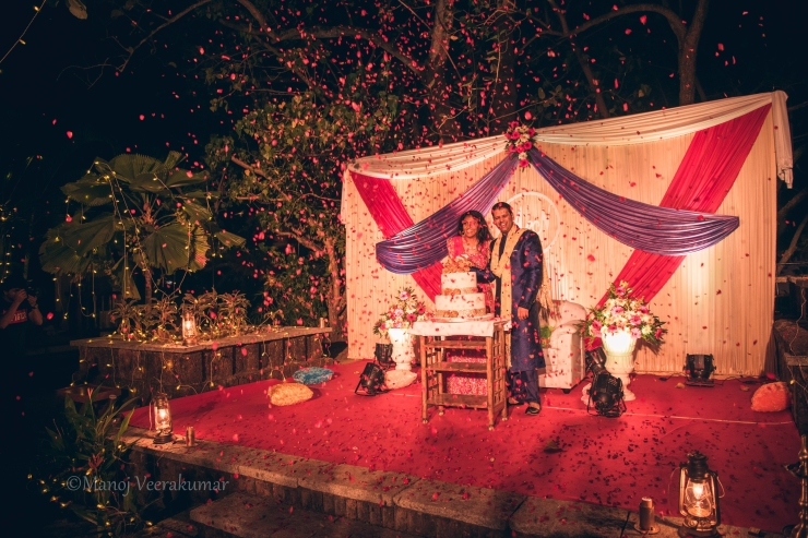 Flower shower confetti for the cake cutting session_destination wedding planner kerala