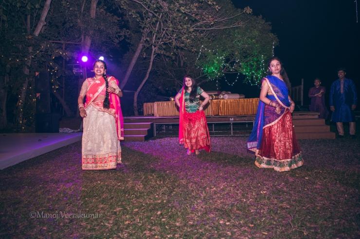 dance masti for the mehndi_destination wedding planner kerala